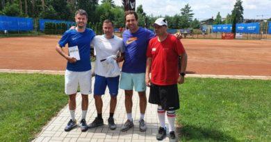 Jiří Humhal se zúčastnil dvou mezinárodních ITF turnajů