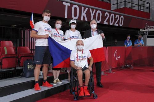 LPH Tokyo 2020, Jiří Suchánek první zápas ve skupině delegace velvyslanec ČR v Tokyu